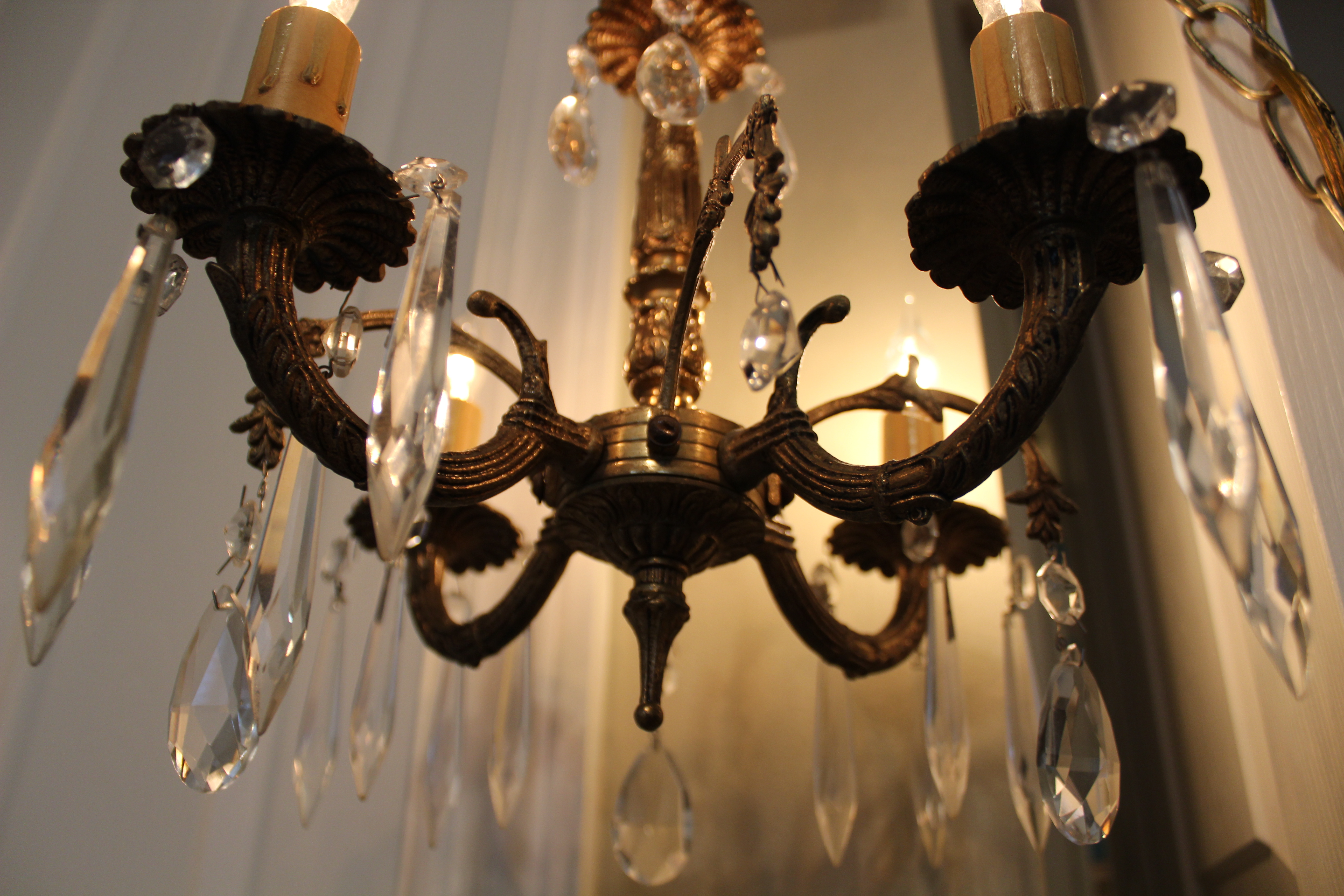 Chandelier purchase on ebay a cautionary tale dells daily dish